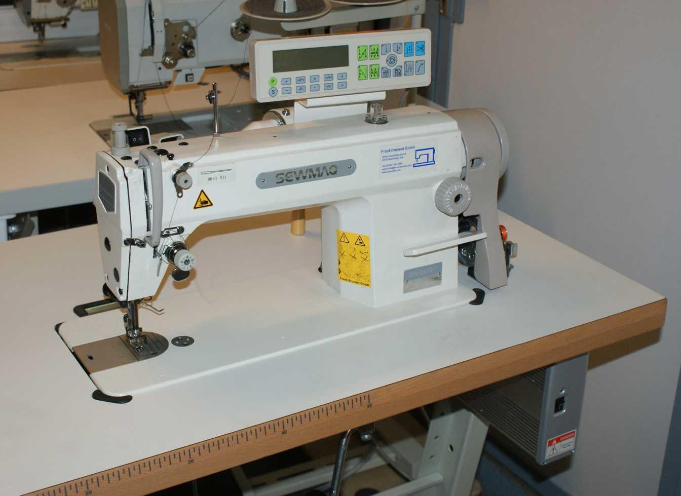 Industrienähmaschine Sewmac 5550-7  Fadenabschneider  Verrieglungsautomatik